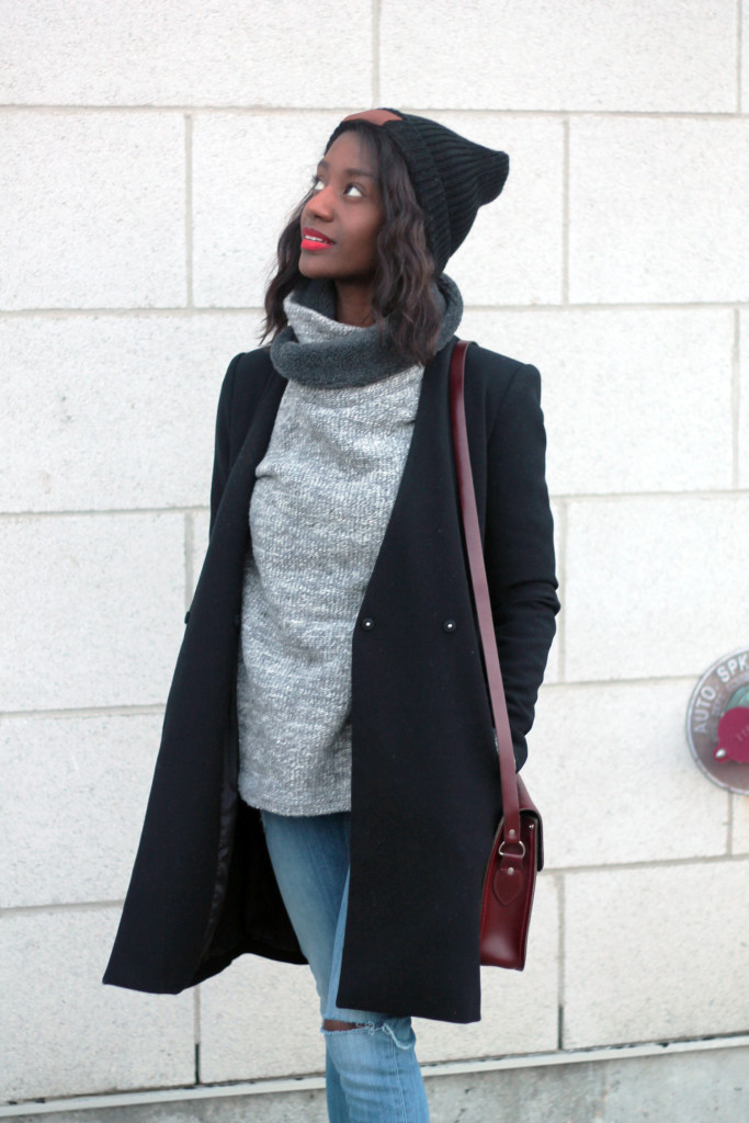 STYLING AN OVERSIED SWEATER