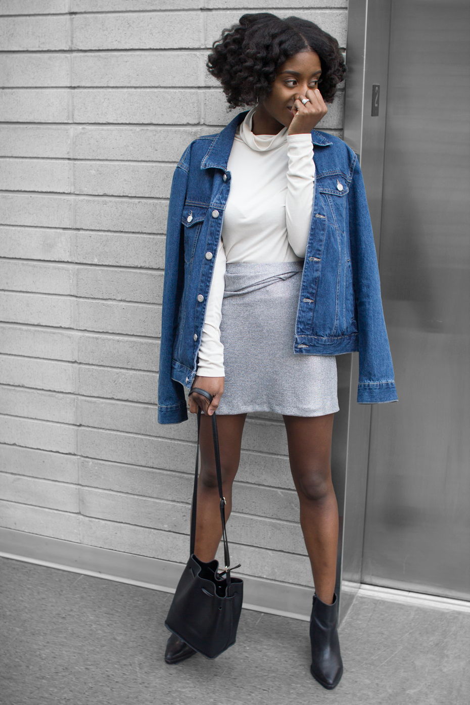 HOW-TO-WEAR-A-SILVER-ZARA-SKIRT-TWO-WAYS