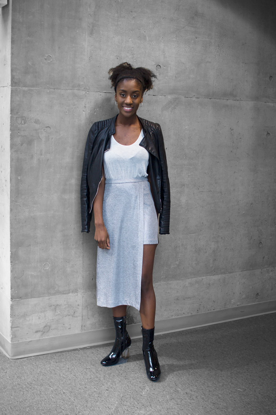 SILVER-ZARA-SKIRT-WORN-TWO-DIFFERENT-WAYS